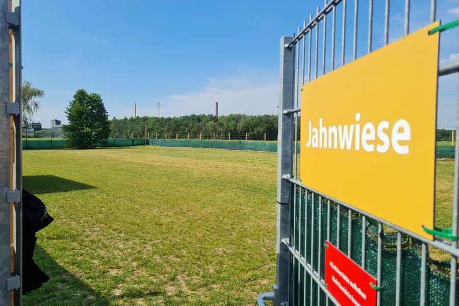 Hundespielplatz-Koeln-Jahnwiese-1